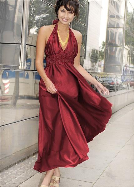 длинное платье — вечерний вариант