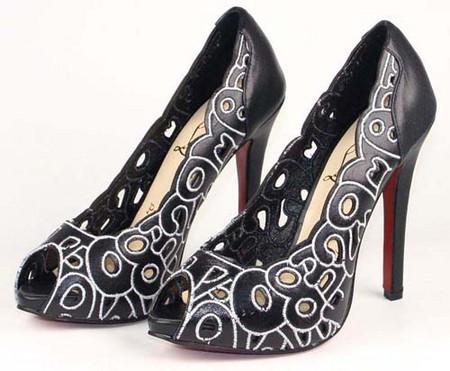 туфли черные с белым узором