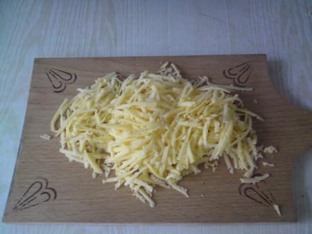 Блины с куриным филе, грибами и сыром — фото 5