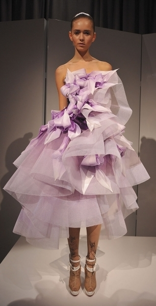 Пора выпускных платьев... — фото 8