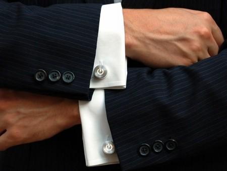 Запонки – модный аксессуар и полезный гаджет — фото 1