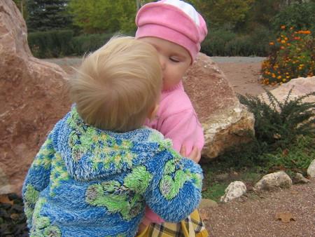 Как научить ребенка делиться своими игрушками с другими детками — фото 4