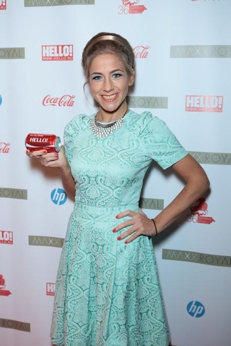 Звезды попробовали «свою» Coca-Cola  на вечеринке журнала HELLO! — фото 1