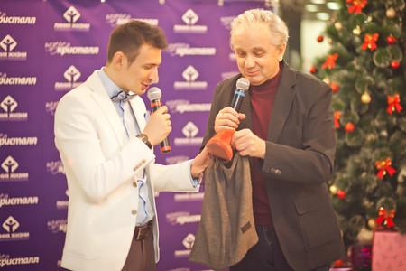 Российские звезды провели аукцион личных вещей  в помощь больному ребенку — фото 3