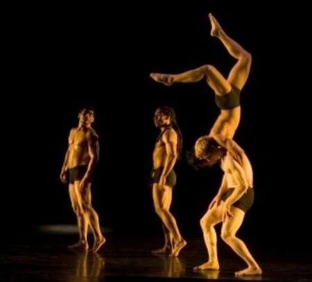 Театр теней Пилобулус (США) - игра теней, мышц и воображения... — фото 6