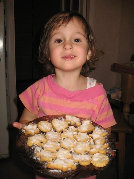 Будущая хозяйка и жена - или детское кулинарное творчество — фото 10
