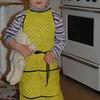 Будущая хозяйка и жена - или детское кулинарное творчество